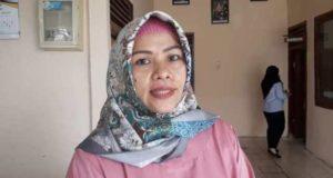 Ibu neni, korban yang mengaku telah kena tipu oleh pihak Samsat Muaro Jambi