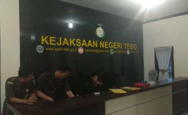 Photo of Kejari Tebo Periksa Tenaga Ahli Komisi X DPR RI, Terkait Kasus LPJU di Tebo