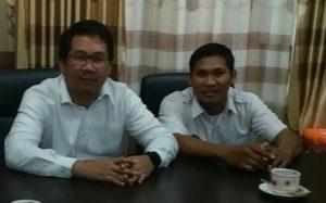 Aan Marandius, ST, MT (kiri) Ketua Pokja Pemilihan 4 Bina Marga ULP Jambi Kementrian Pekerjaan Umum dan Perumahan Rakyat tahun 2019, Stafnya (kanan)