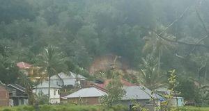 Bukit di Karya Bakti Sungai Penuh Diruntuhkan oleh Alat Berat