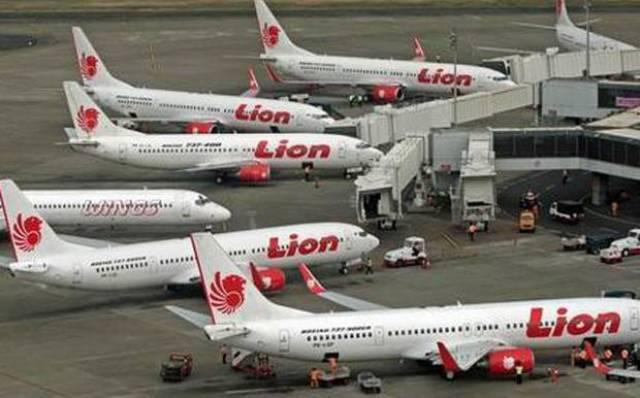 Tiket Pesawat Selangit Penumpang Sepi Pesawat Mangkal Di Bandara Soekarno Hatta Kerinci Time