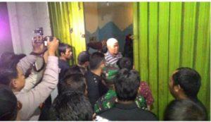 Diduga Jadi Tempat Prostitusi, Tim Gabungan Obrak Abrik Lantai 3 Kincai Plaza