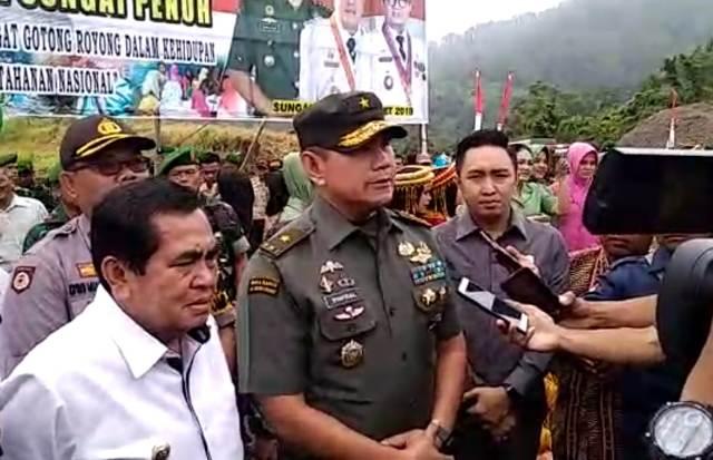 Photo of Ketua DPRD Kota Sungai Penuh Apresiasi Kegiatan TMMD di Sungai Ning