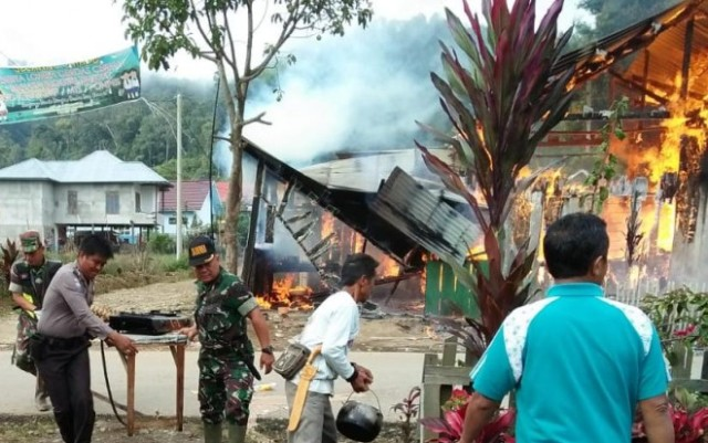 Photo of Rumah Makan di Merangin Terbakar
