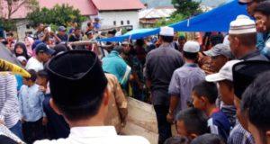 Suasana di pemakaman jenazah Hafiz