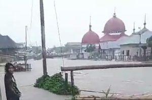 Desa Lempur Gunung Raya Diterjang Banjir