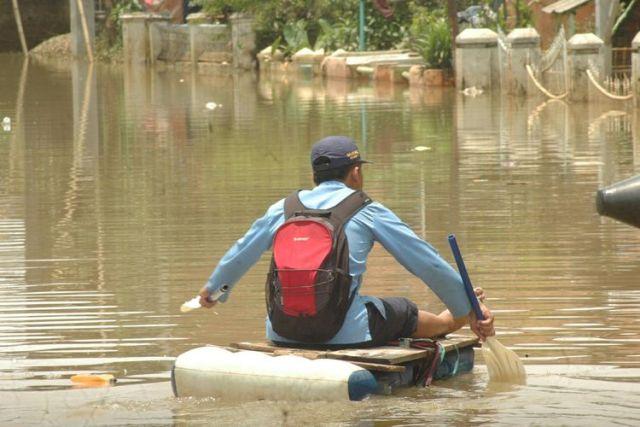 Banjir Rendam 3 Kecamatan di Bandung