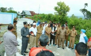 Adirozal Bupati Kerinci saat mendampingi tim tour de singkarak
