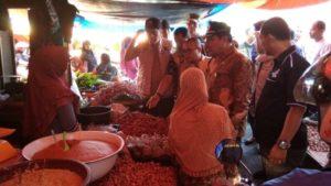 Wawako Zulhelmi dan Satgas Pangan Provinsi Cek Pasar