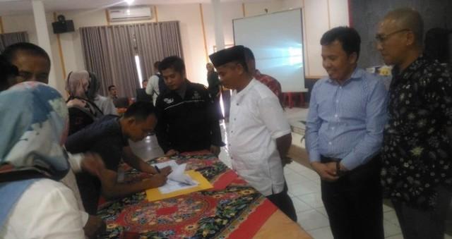 Penandatanganan Hasil Pleno KPU Sungai Penuh