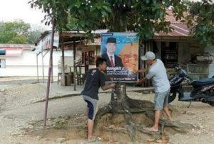 Baliho Fasha bakal calon Gubernur Jambi yang dipasang di Singkut Sarolangun. (Brito.id)