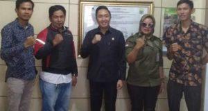 Pengurs IWO Kerinci SUngai Penuh bersama Ketua DPRD Kota Sungai Penuh Fikar Azami