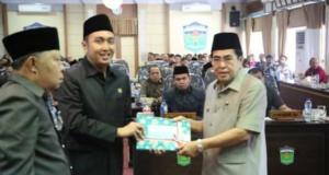 Fikar Azami Ketua DPRD Sungai Penuh dan Wali Kota Asafri Jaya Bakri