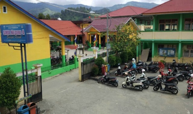 SMA 4 Sungai Penuh