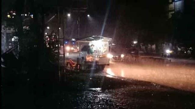 Photo of Muara Bungo Diguyur Hujan Deras