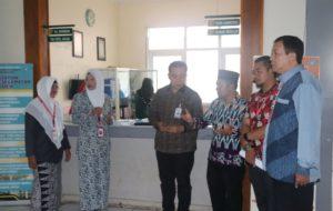 Dr Jafar Ahmad Ketua Ombudsman saat Sidak di RSUD Kerinci
