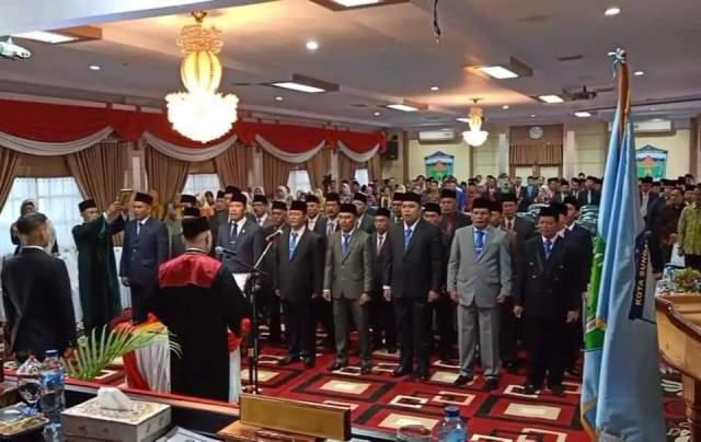 Prosesi Pelantikan Anggota DPRD Kota SUngai Penuh di Gedung DPRD Rabu 28/08/2019. (foto:kerincitime.co.id)