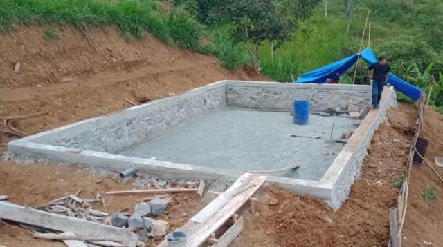 Proyek Kolam Ikan di Talang Lindung Sungai PenuhProyek Kolam Ikan di Talang Lindung Sungai Penuh (jia/kerincitime.co.id)