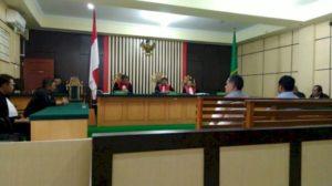 Tuntutan penjara terhadap Kuasa Pengguna Anggaran (KPA) ini, dibacakan oleh JPU Chepy dalam sidang di Pengadilan Tipikor, Kamis (1/8) sore. (brito.id)