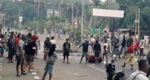 Aksi demonstrasi di Kota Manokwari, Papua Barat. (Foto: Twitter)