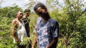 Warga saat menemukan korban gantung diri. Foto: Jambiseru.com