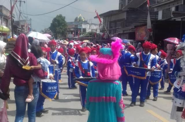 Peserta Pawai HUT RI di Siulak Kabupaten Kerinci (foto/wendri)