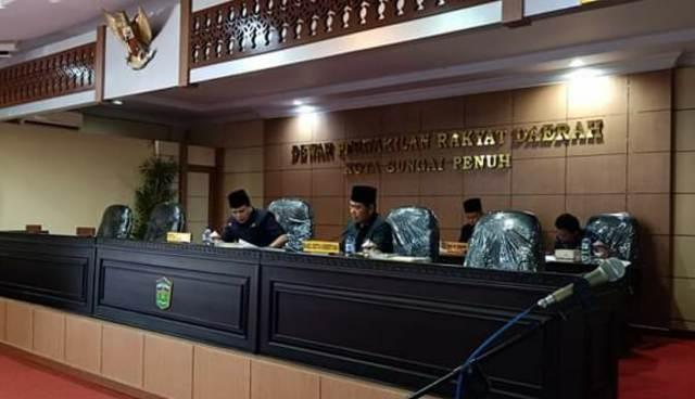 Photo of 6 Fraksi DPRD Sungai Penuh Terbentuk