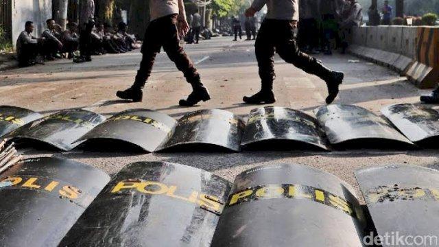 Photo of 1 Anggota TNI Gugur, 2 Brimob Luka Akibat Rusuh di Expo Waena Jayapura