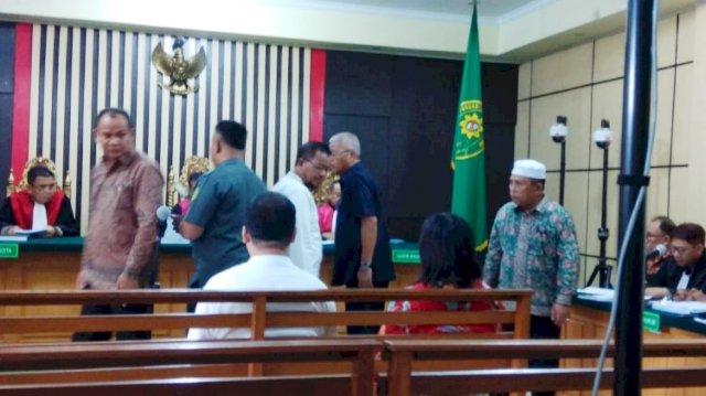 Photo of Saksi Terpidana Kasus OTT KPK Bersaksi Untuk Asiang