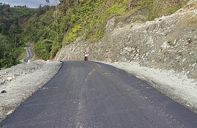Photo of Diduga Gunakan Timbunan Pilihan Illegal Pada Pekejakaan Jalan Sungai Dedap – Danau Tinggi