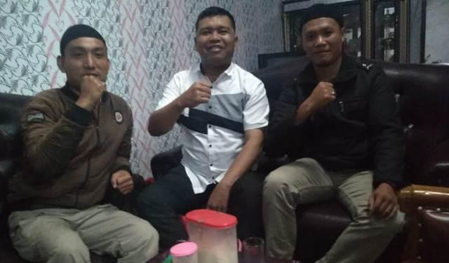 Photo of Silaturahmi Politik Pimpinan Partai Gelora dengan Amrizal Ketua Komisi II DPRD Kerinci