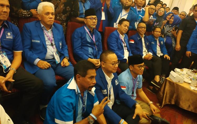Photo of Zulkifli Hasan Terpilih Menjadi Ketua Umum PAN