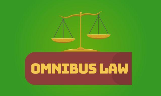 Photo of Apa Itu Omnibus Law yang Diperdebatkan Itu?
