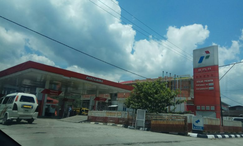 Photo of Diduga Pungli Beli BBM Pakai Deringen di SPBU Murasman