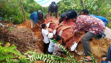Photo of Jenazah Napi Teroris yang Meninggal di Nusa Kambangan Di Makamkan Di Sibolga