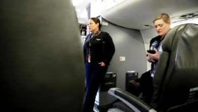 Photo of Carlos Barria Fotografer Reuters Jadi Penumpang Pesawat Sendirian