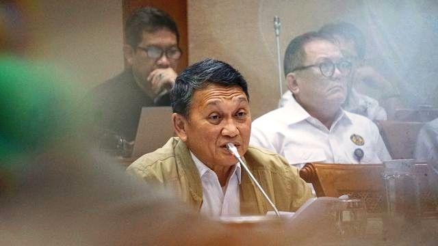 Photo of Menteri ESDM: Pelanggan Listrik 1.300 VA Punya TV hingga AC, Tak Ada Keringanan