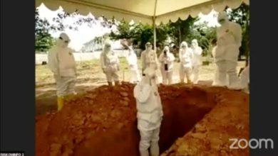Photo of Khidmatnya Prosesi Pemakaman Almarhum Bian