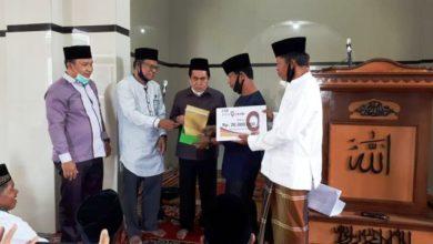 Photo of AJB Serahkan Bantuan Untuk Mesjid Nurul Falah