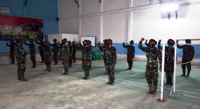 Photo of Letda Inf David Asmara Pimpin Apel Pagi TMMD Sungai Langkap Kerinci