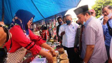 Photo of Blusukan ke Pasar Selat, Haris Teringat Masa Lalunya Menjual Martabak