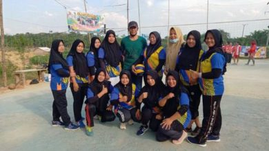 Photo of Tim Putri Volly Tiara Hidayah RT 16 Sungai Ulak Melaju ke Babak Semi Final