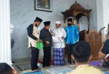 Photo of Wako AJB Serahkan Bantuan Pembangunan Masjid Al Hidayah Karya Bakti