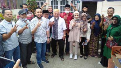 Photo of Fikar Azami – Yos Adrino Blusukan di Desa Sumur Anyir