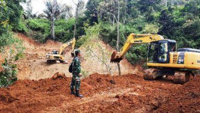 Photo of Pembangunan Jalan Antar Desa Sungai Langkap Hampir Selesai