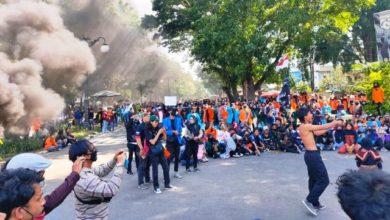 Photo of Aksi Tolak UU Cipta Kerja oleh Mahasiswa Jambi