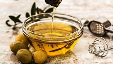 Photo of Ini Loh Manfaat Minyak Zaitun untuk Kesehatan Payudara