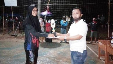 Photo of Tim Putri Volly Tiara Hidayah RT 16 Kalah di Babak Final