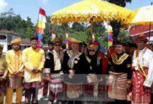 Photo of Konflik Adat Ujung Kerajaan Pagaruyung Rencong Telang, Adirozal Hadir Saat Pelantikan
