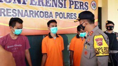 Photo of Aparat Amankan Tiga Orang Terkait Penyalahgunaan Narkotika